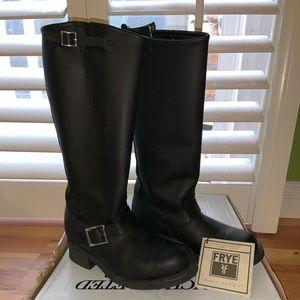 "Frye Engineer Boot 15""R Size 7 Black"